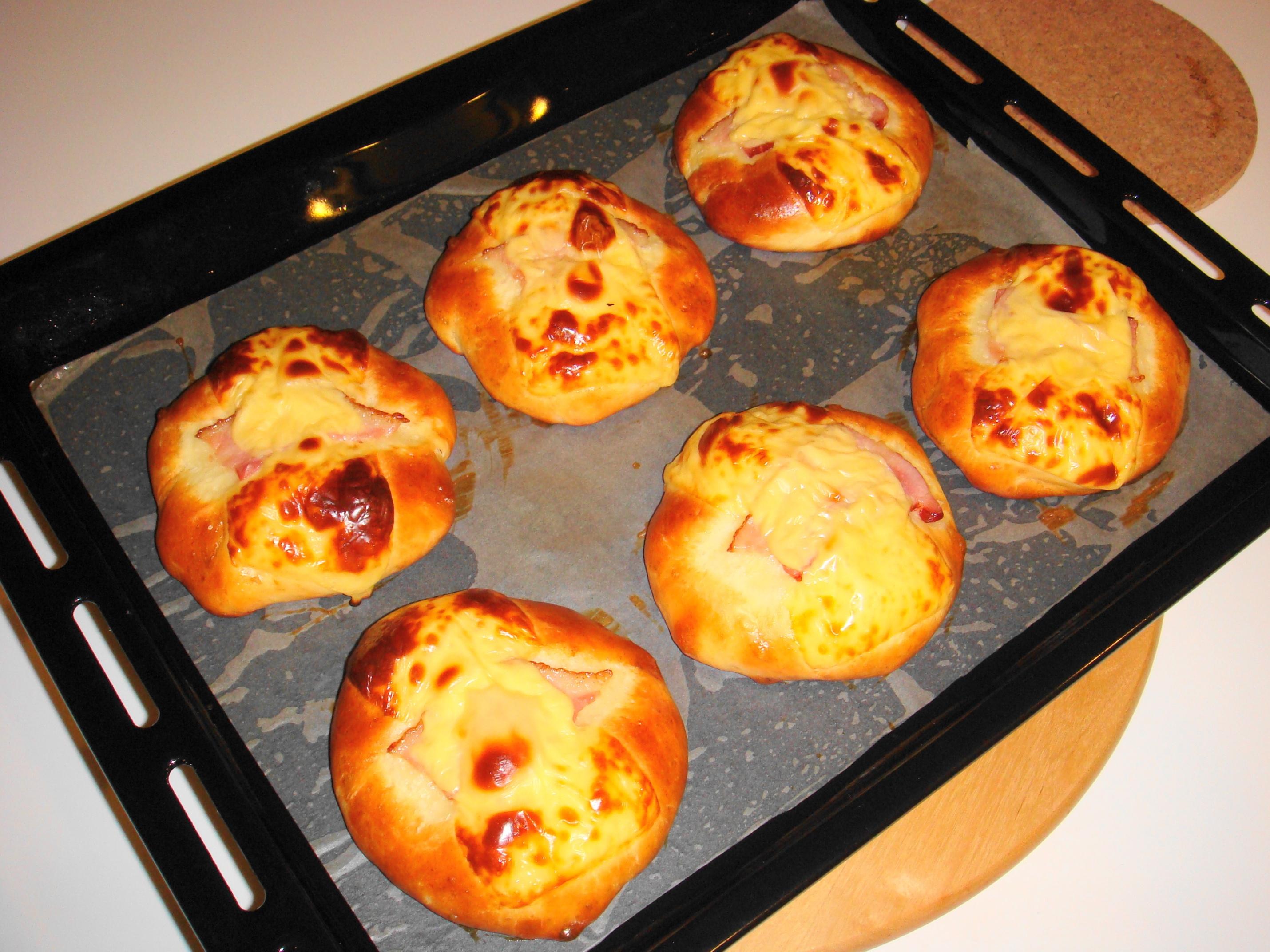Freshly baked buns… yummy!